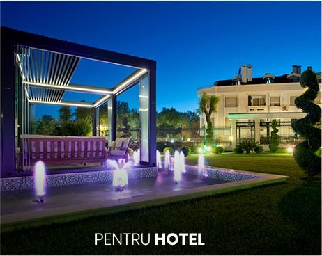 pergole bioclimatice pentru terasele hotelurilor, din aluminiu, cu lamele retractabile